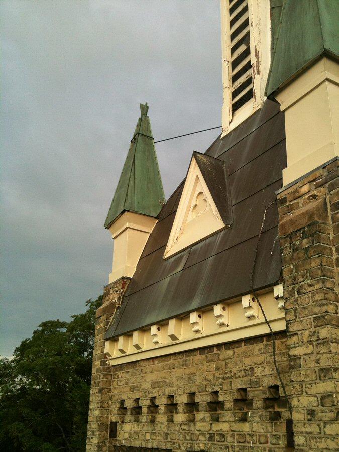 aurora_church_051